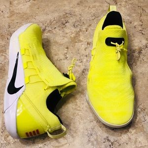 Nike Kobe A.D NXT HMD Volt Basketball Shoe Men 8.5
